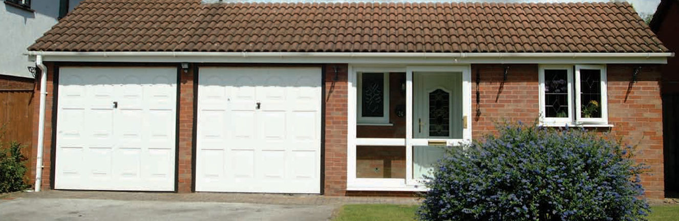 uPVC door installed on house in Abingdon, Oxfordshire with a double garage by Paradise Windows