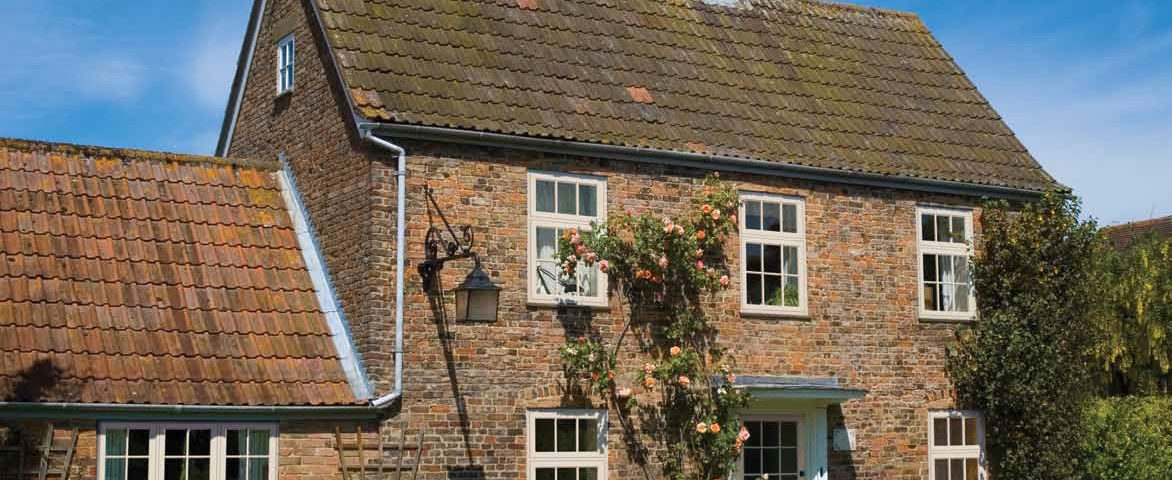 Timber Flush Sash Windows on Oxfordshire Cottage