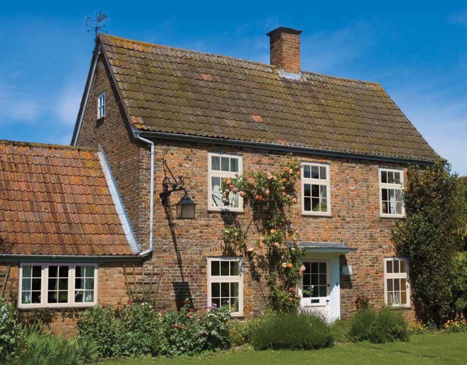 Timber Flush Sash Windows on Oxfordshire Cottage