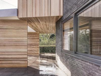 Modern Property with Aluminium Double Glazed Windows