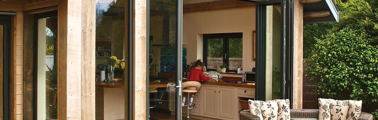 Aluminium Bi-Fold Doors in Oxford